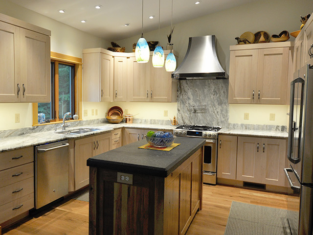 Stones For Kitchen Countertops : Custom Natural Stone Installers Richmond, VA