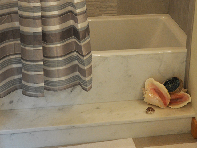 marble-tub-surround-installation